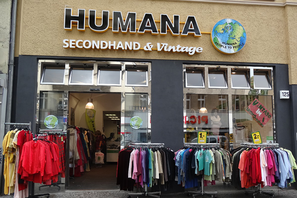 humana secondhand vintage shops in berlin k ln hamburg dresden leipzig. Black Bedroom Furniture Sets. Home Design Ideas